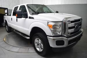 2015 Ford Super Duty F350 A Roues Arriere Simples XLT FX4 CREW C
