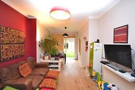 3 bedroom house in Fordwych Road, Cricklewood, NW2