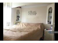 1 bedroom in Benhill Wood Road, Sutton, SM1