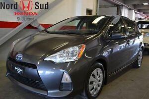 2012 Toyota Prius c HYBRIDE*BELLE PETITE VOITURE!! CLEAN!!