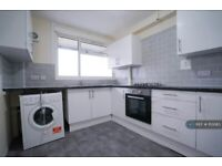 3 bedroom flat in Old Church Road, London, E1 (3 bed) (#1113083)