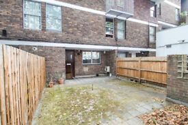 Square Quarters are proud to present this splendid four bed maisonette to rent.
