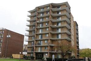 Windsor 1 Bedroom Apartment for Rent @ University Towers