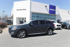 2016 Volvo V60 Cross Country T5 Premier-2016!!!- VOITURE CERTIFI