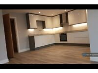 1 bedroom flat in Greenhill, High Wycombe, HP13 (1 bed) (#1228826)