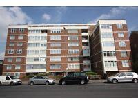 1 bedroom flat in Golders Green Road, Golders Green, NW11