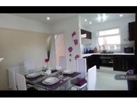 3 bedroom house in Headley Way, Headington, Oxford, OX3 (3 bed)