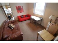 5 bedroom house in Summerfield Avenue, Heath, Cardiff