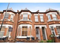FFF – Double Bedroom – Bright and Spacious– Period Features – Newly Refurbished – Ample Storage
