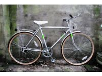 FREE SPIRIT CYCLONE 5. 20 inch, 51 cm, small. Vintage gents dutch style mixte frame traditional bike
