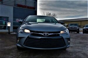 2017 Toyota Camry LE 2017 CAMRY LE - LOW KM - ONE OWNER - BLU...