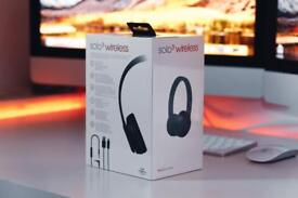 Beats solo 3 wr new condition sealed rrp 250£