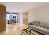 SPACIOUS 3B WITH PATIO AREA,CLOSE TO KINGSTON GARDENS IN QUEEN'S GATE MEWS, NOTTING HILL, LONDON D78
