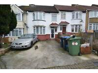 3 bedroom house in Egerton Road, Wembley