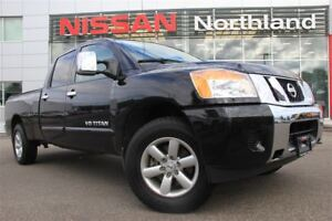 2014 Nissan Titan SV/4X4/Bed-Liner/Tow Hitch/Bluetooth