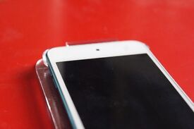 Apple iPod touch 5th Generation (2014) Blue (16GB) Screen doesn't display image