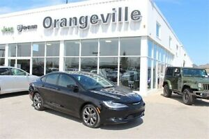 2015 Chrysler 200 S, FWD, V6, HEATED LEATHER/CLO