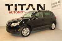 2011 Volkswagen Tiguan Highline, Auto, Leather, Sunroof, Htd Sea