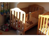 Mamas and Papas Lucia cot/junior bed