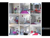 1 bedroom in Cherry Tree Avenue, Staines-Upon-Thames, TW18