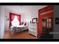 2 bedroom flat in Betts Street, London, E1 (2 bed)