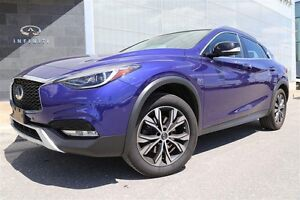 2017 Infiniti QX30 AWD,Premium and Technology Package