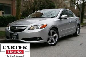 2013 Acura ILX w/Technology Package + NAVI + LEATHER + LOCAL!