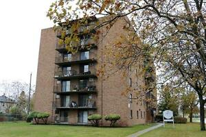 Sandwich Towne 2 Bedroom Windsor Apartment for Rent w/ Balcony