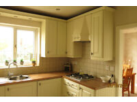 Very good condition fitted kitchen