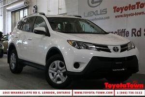 2014 Toyota RAV4 LE UPGRADE BACKUP CAMERA & HEATED SEATS