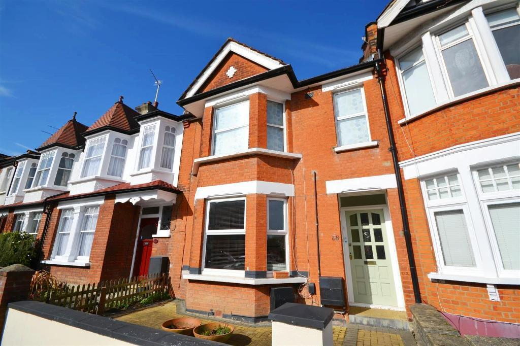 2 bedroom flat in Fallow Court Avenue, North Finchley, London, N12