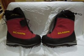 New Scarpa Phantom 6000 winter boots for sale size 44 eu.