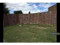 3 bedroom house in Ackton Hall Crescent, Ackton, Pontefract, WF7 (3 bed)