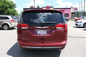 2017 Chrysler Pacifica Touring-L Plus *0% for 72 months* London Ontario image 12