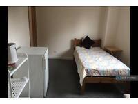 1 bedroom in Bromham Road, Bedford , MK40
