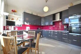 Bright & Spacious 3 bedroom apartment to rent - perfect for sharers!! £1720pcm