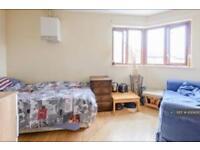 1 bedroom in Gateway, Kt138nt, KT13