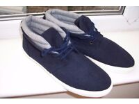 mens casual shoes size 10