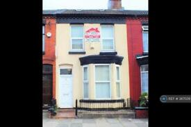 7 bedroom house in Woodcroft Road, Liverpool, L15 (7 bed)