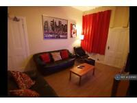 4 bedroom flat in Wallace Street, Stirling, FK8 (4 bed)