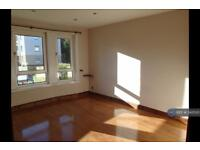 2 bedroom flat in Mallaig Road, Glasgow, G51 (2 bed)