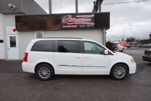 2014 Chrysler Town & Country Touring FULL ÉQUIPÉ CUIR/MAGS SEULE