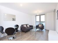 # STYLISH 1 BED APARTMENT W/BALCONY & 24 HR CONCIERGE IN THE RENAISSANCE, LEWISHAM/BLACKHEATH SE13