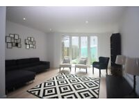 Stunning 3 bed townhouse available in Royal Docks E16, Pontoon Dock, Canning Town