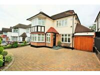 5 bedroom house in Woodward Avenue, Hendon NW4