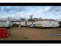 2 bedroom house in Five Counties Caravan Park, Greetham, LE15 (2 bed)