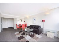 BRIGHT AND SPACIOUS THREE BEDROOM APARTMENT