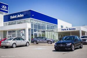 2016 Mercedes-Benz C-300 4MATIC! LEATHER! SUNROOF! LOADED!