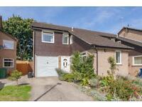 4 bedroom house in Dudgeon Drive, Littlemore,