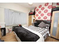 Cheap double located close to East Acton Station & local transport links!!